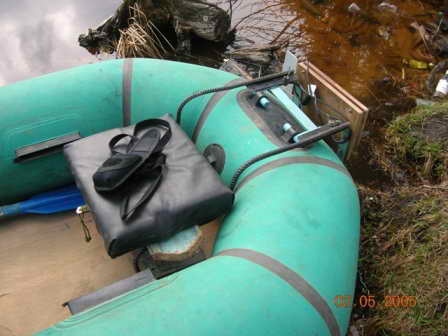 Самодельный транец на лодке.